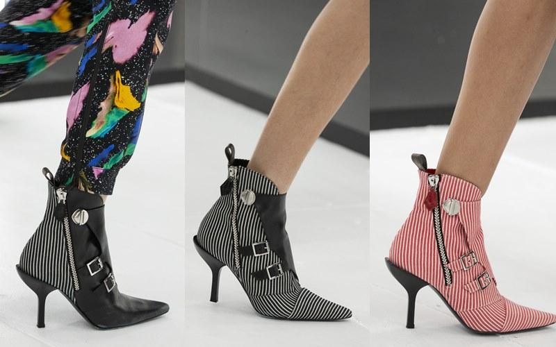 Những đôi boots cao gót cổ thấp nữ tính nhưng vẫn có nét sắc sảo.