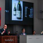 Chai rượu nho từ thời thế chiến thứ 2 được bán với giá kỷ lục
