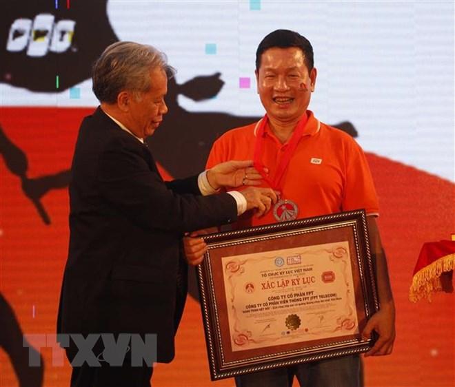 """""""Hành trình kết nối"""" với 3.000 người tham gia nhận kỷ lục Việt Nam"""