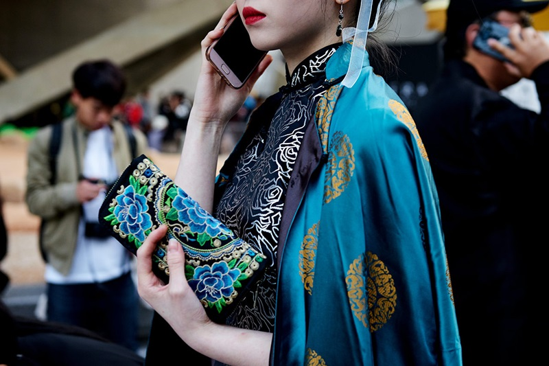 tui-xach-gioi-tre-han-seoul-fashion-week-xuan-he-2018-tap-chi-dep-003