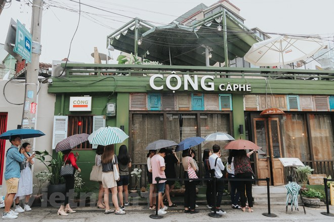 Khám phá Càphê Cộng trong khu phố thời thượng bậc nhất Seoul