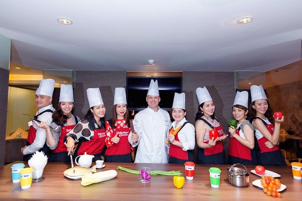 """Cuộc thi nấu ăn """"BSIN & WLIN Iron Chef"""" độc đáo dành cho doanh nhân"""