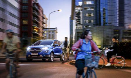 Ford kêu gọi người lái ô tô, xe đạp chia sẻ đường phố qua trải nghiệm thực tế ảo