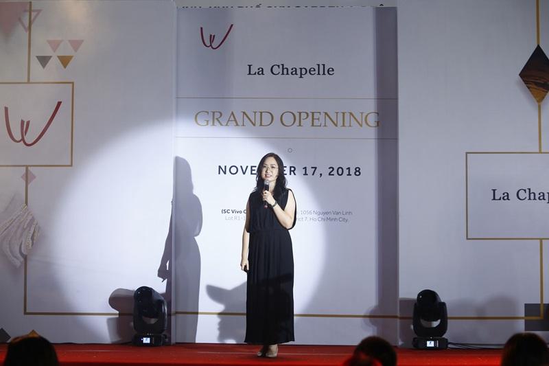 La Chapelle là hệ thống bán lẻ thời trang nổi tiếng với hơn 11 thương hiệu thành viên như Jack Walk, Marc Ecko, Puella, 8eM,… đáp ứng mọi nhu cầu mua sắm của khách hàng yêu thích phong cách thanh lịch & thời thượng.