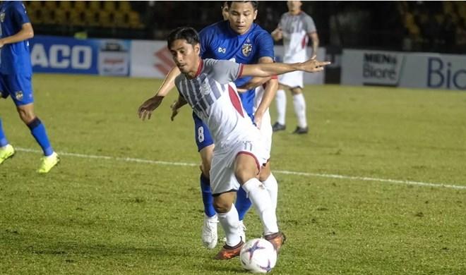 Philippines mất hàng loạt trụ cột, chỉ còn 19 người đấu Việt Nam