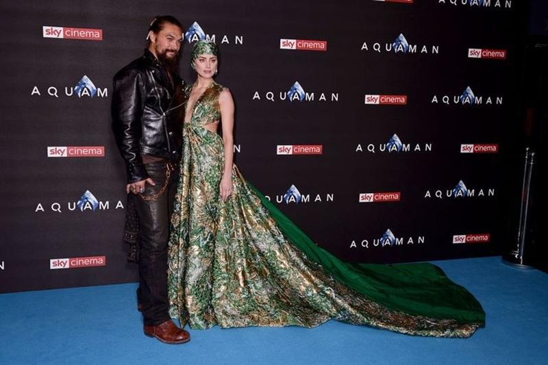 Amber Heard và Jason Momoa  trên thảm xanh