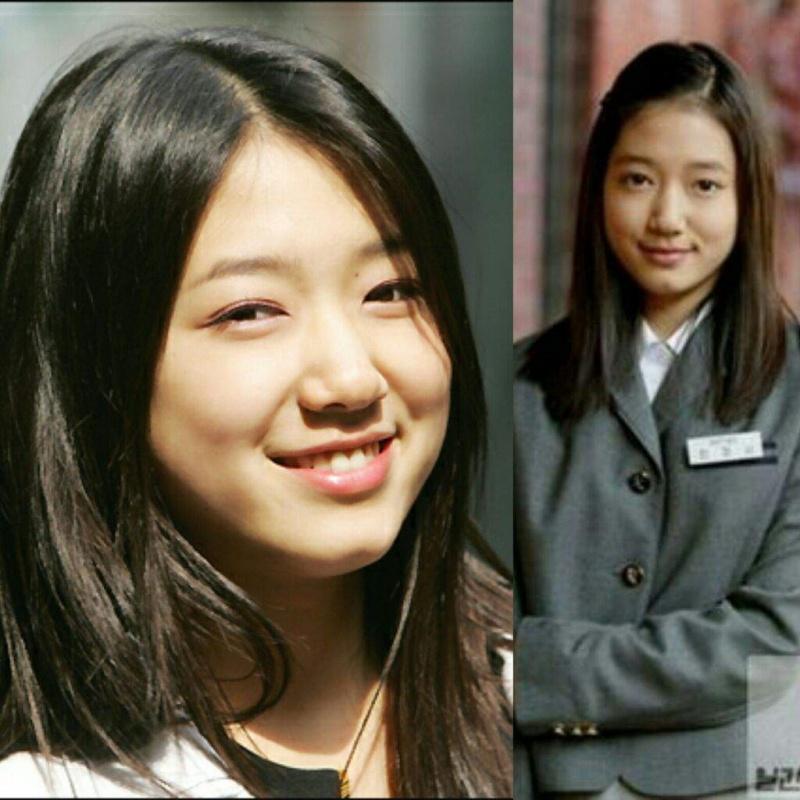 """Năm 2003, Park Shin Hye gây ấn tượng với tạo hình ngây thơ trong """"Stairway To Heaven"""" khi vào vai Han Jung Suh, đây cũng là vai diễn giúp nữ diễn viên nhận được lời mời đóng chính phim truyền hình """"Tree of Heaven"""" ở tuổi 16."""