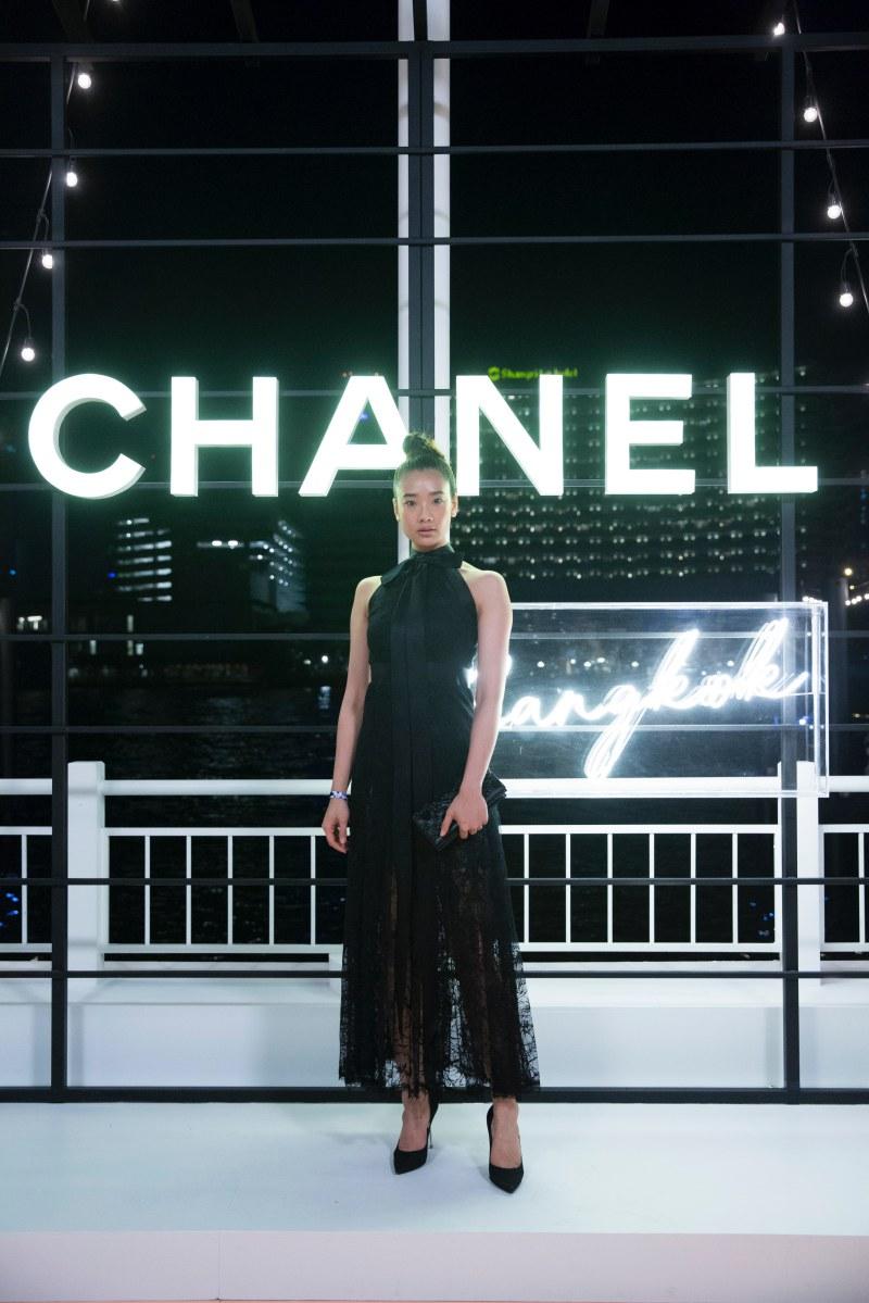 """Nữ chính trong phim """"Bad Genius"""" Aokbab cũng là một tên tuổi rất được Chanel ưu ái trong thời gian gần đây."""