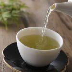Uống trà thường xuyên giúp giảm nguy cơ bị gãy xương