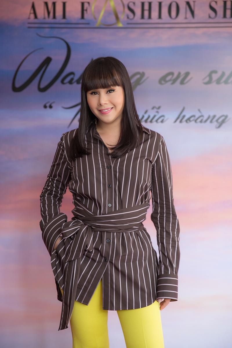 Danh ca Tuấn Ngọc sẽ biểu diễn trong show thời trang của NTK Hằng Nguyễn