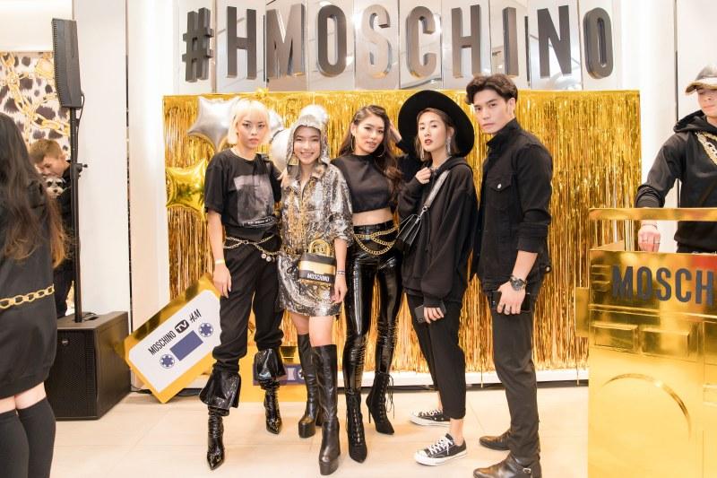 Các fashionista có mặt tại sự kiện