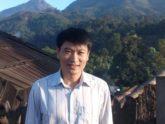 Thầy giáo 15 năm cắm bản, dạy trò bằng 5 thứ tiếng
