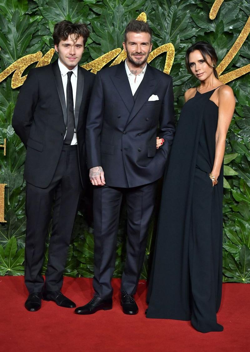 20181212_kaia_gerber_the_fashion_awards_2018_deponline_04