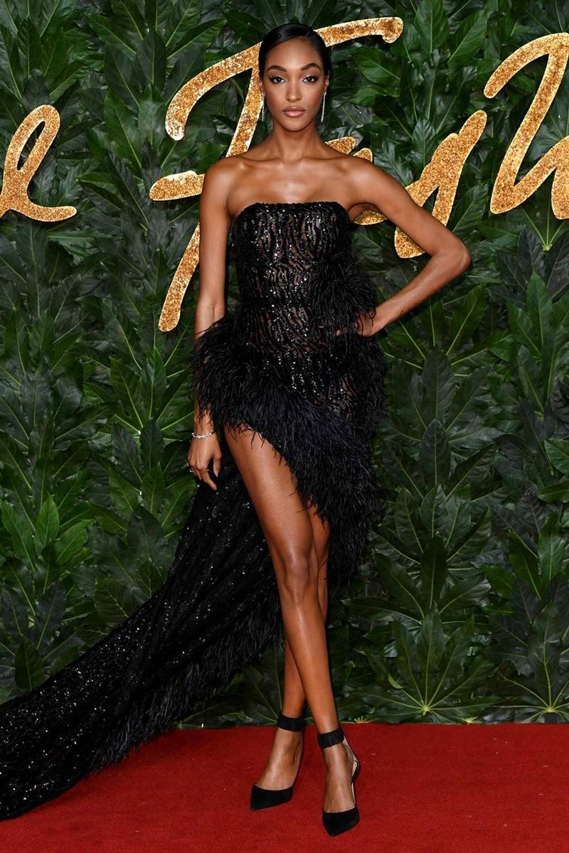20181212_kaia_gerber_the_fashion_awards_2018_deponline_08