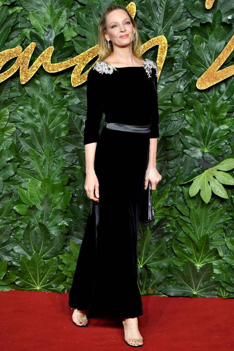 20181212_kaia_gerber_the_fashion_awards_2018_deponline_13