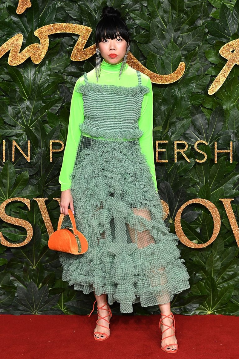 20181212_kaia_gerber_the_fashion_awards_2018_deponline_17