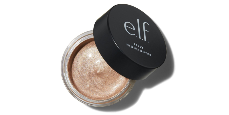 e.l.f Jelly Highlighter: Sản phẩm này có thể được sử dụng riêng để tạo sáng cho gương mặt hoặc trộn với kem nền để tăng độ căng bóng cho tổng thể. Dòng sản phẩm này có 3 tông màu, không quá đa dạng nhưng cũng phù hợp với hầu hết tông da