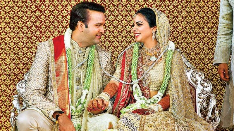"""Thế giới cũng phải """"chào thua"""" trước những đám cưới xa hoa tột bậc của Bollywood"""