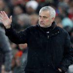 Manchester United bất ngờ sa thải huấn luyện viên Jose Mourinho