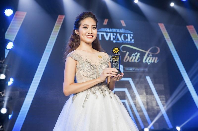 """Ninh Hoàng Ngân và cú """"lội ngược dòng"""" ngoạn mục tại """"TVFace 2018"""""""