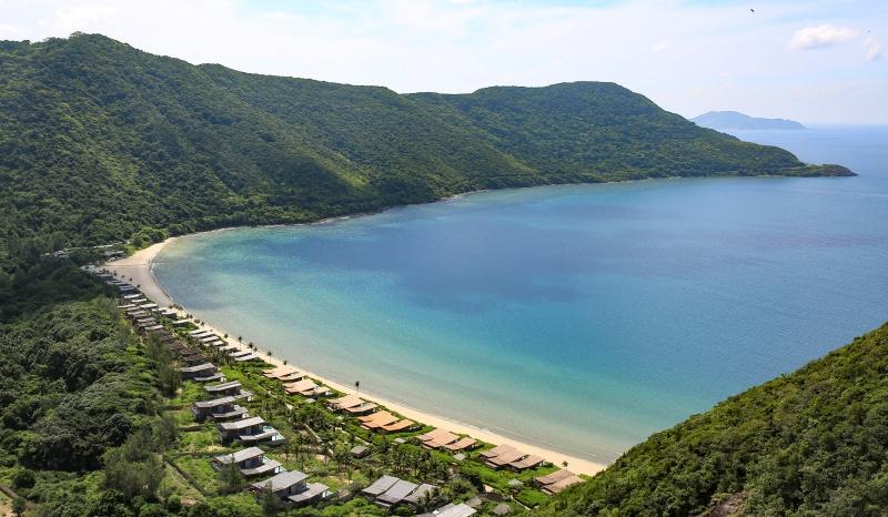 Khung cảnh tuyệt đẹp nhìn từ trên cao của Six Senses Côn Đảo.