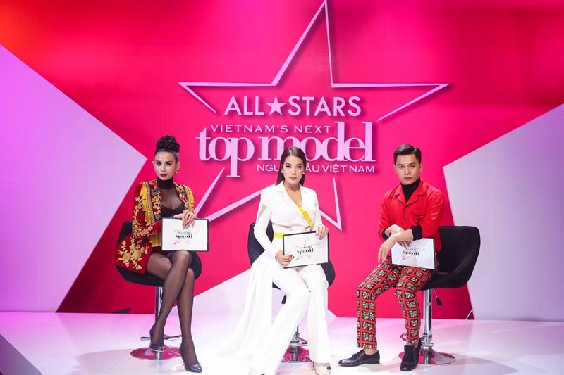 Mùa giải Vietnam's Next Top Model All Stars với bộ 3 quyền lực (từ trái qua) Võ Hoàng Yến, Trương Ngọc Ánh và Nam Trung.