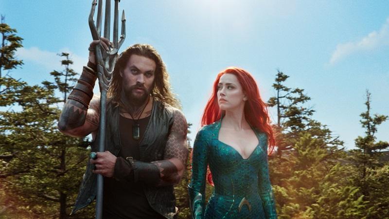 """Với màu sắc mới lạ, cốt truyện hấp dẫn cùng khung cảnh dưới đại dương đẹp đến """"nghẹt thở"""", """"Aquaman"""" được giới chuyên môn ca ngợi là tác phẩm điện ảnh hay nhất của DC từ trước đến nay."""