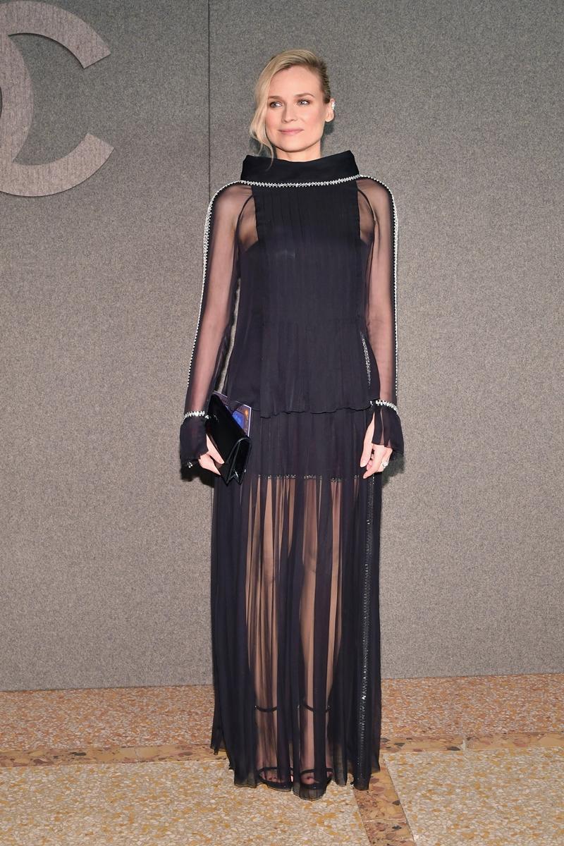 Diễn viên người Đức Diane Kruger là gương mặt quảng cáo của Chanel cũng không thể vắng mặt tại sự kiện này.