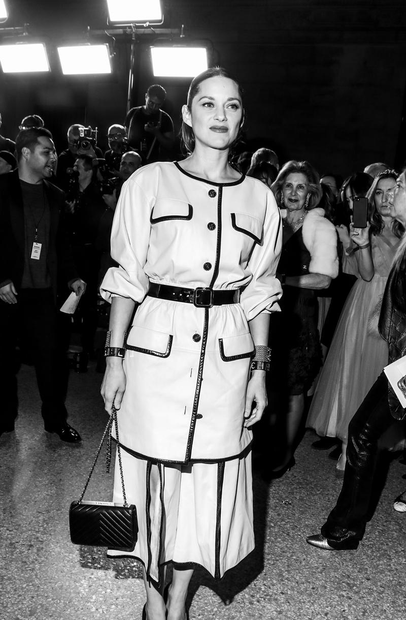 """Nữ diễn viên từng đoạt giải Oscar với vai diễn trong """"La Vie En Rose"""" - Marion Cotillard."""