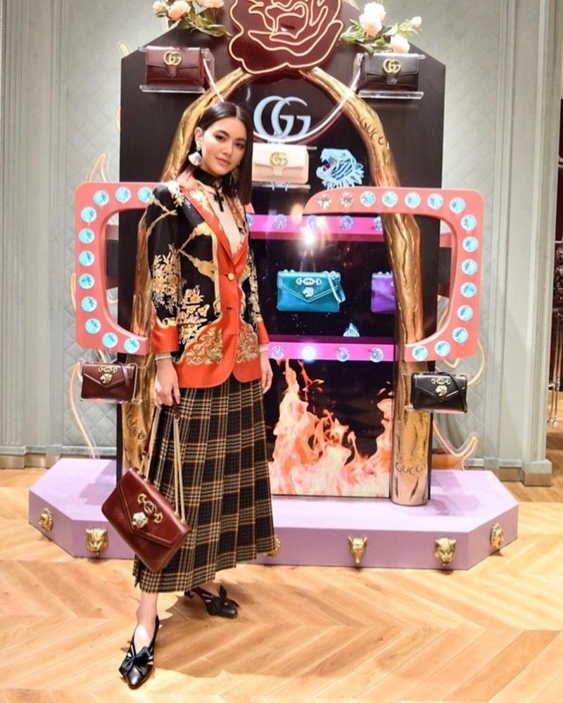 Mai Davikah xuất hiện tại sự kiện Gucci Gothic của Gucci tổ chức tại khu phức hợp ICONSIAM ở Bangkok.