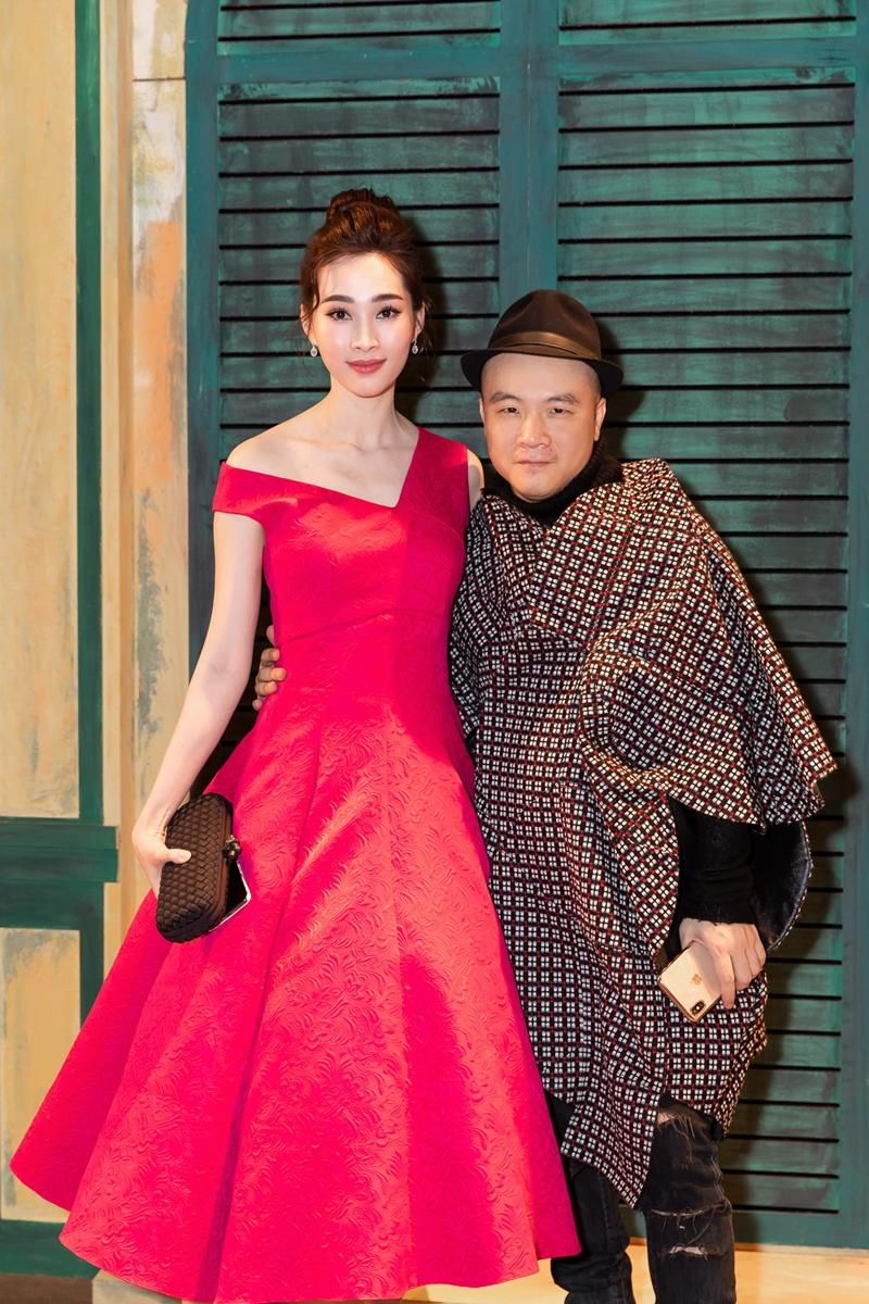 Hoa hậu Đặng Thu Thảo và NTK Đỗ Mạnh Cường.