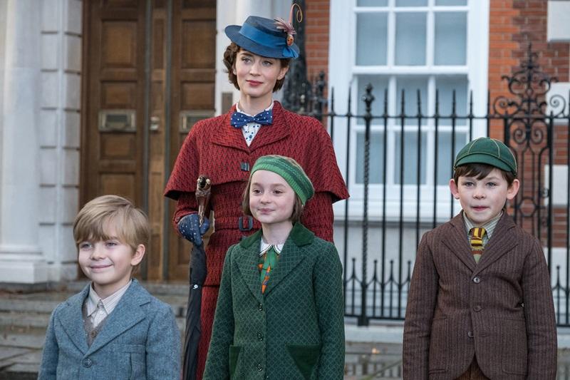 """Trở lại màn ảnh rộng sau hơn 50 năm, """"Mary Poppins Returns"""" vừa là những hồi tưởng tuổi thơ vừa mới lạ, khác biệt. Phim được đánh giá cao trong đường đua đến giải Oscar 2019."""