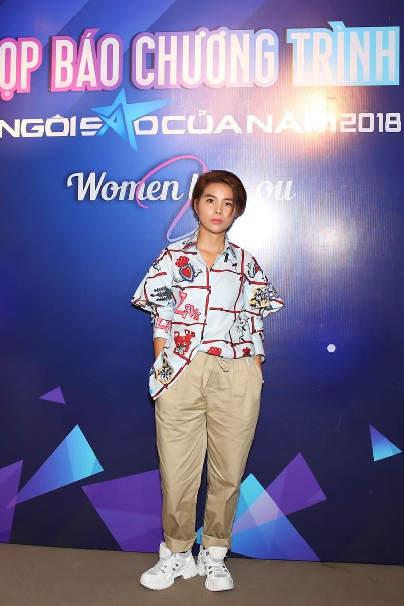 """Vũ Cát Tường là một trong những cái tên được đề cử cho hạng mục """"Ngôi sao Âm nhạc"""". Bên cạnh cô còn có Hòa Minzy, Tóc Tiên, Bảo Anh, Hiền Hồ."""