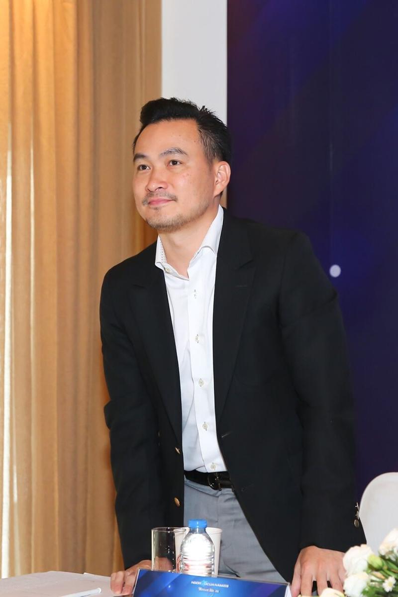 Diễn viên Chi Bảo - chủ tịch Quỹ Hiểu về trái tim cũng là thành viên của Hội đồng thẩm định. Ngoài ra,
