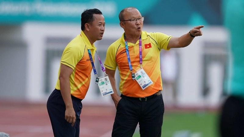 Bóng đá mà ông theo đuổi trong suốt sự nghiệp hoàn toàn phù hợp với cầu thủ Việt Nam