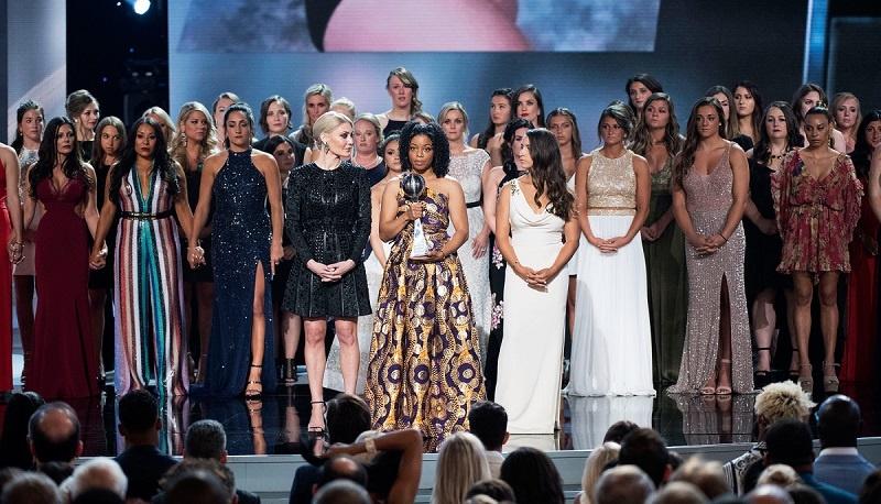 141 vận động viên bị lạm dụng tình dục được vinh danh tại lễ trao giải ESPY Awards thường niên.