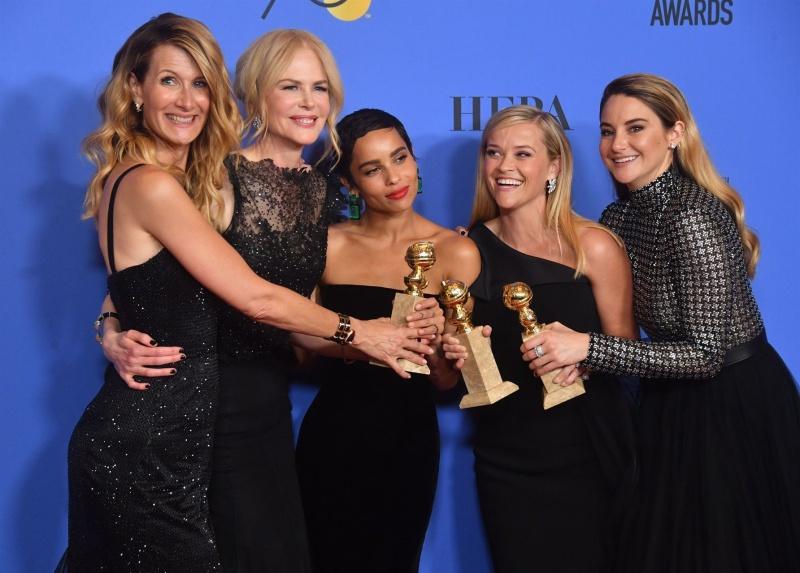 """Dàn sao nữ Hollywood đã """"nhuộm đen"""" lễ trao giải Quả cầu Vàng 2018. Đây được xem là một trong những khoảnh khắc ý nghĩa của năm."""