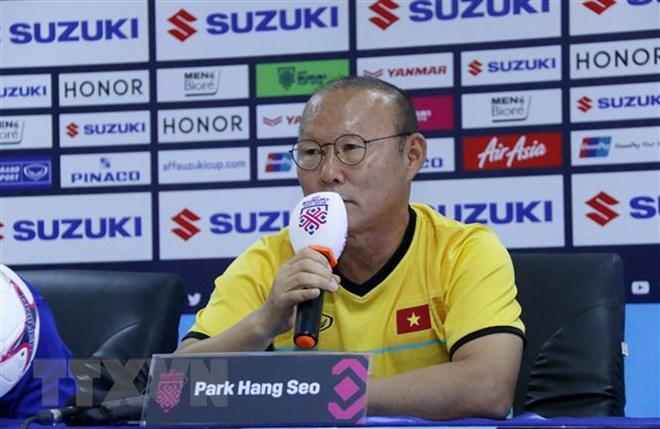 """""""Phù thủy"""" Park Hang-seo và những lá bài còn trong tay áo"""