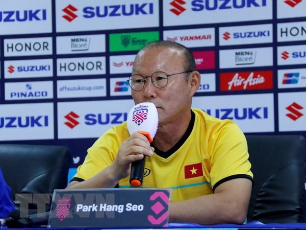 HLV Park Hang-seo thất vọng vì trọng tài 'tước' bàn thắng của Văn Toàn