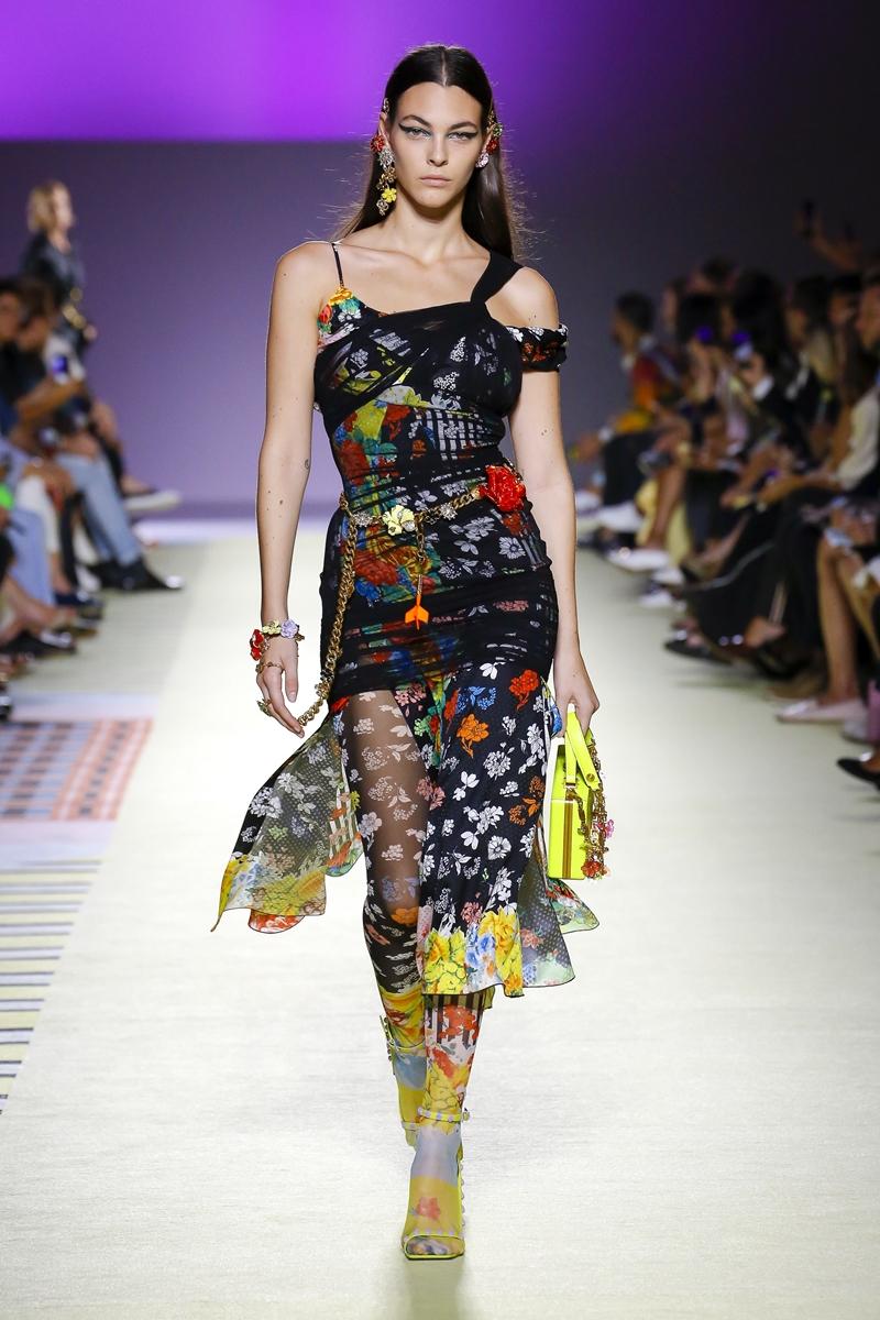 Vittoria Ceretti - người mẫu Ý sáng giá, thường xuyên xuất hiện trong các show thời trang và các chiến dịch quảng cáo của các thương hiệu lớn.