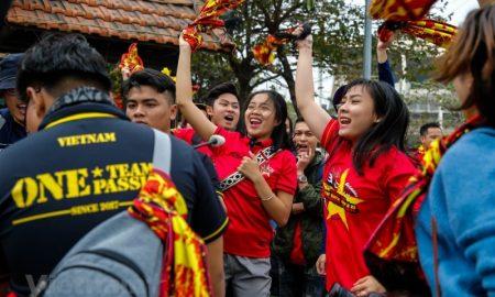 Sân Mỹ Đình nóng lên từng giờ, tiếp lửa cho tuyển Việt Nam trước thềm chung kết AFF Cup