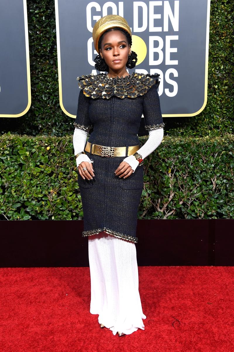 Nữ ca sĩ, diễn viên tài năng Janelle Monae mặc trang phục từ BST Métiers d'Art của Chanel với cảm hứng từ Ai Cập cổ đại.