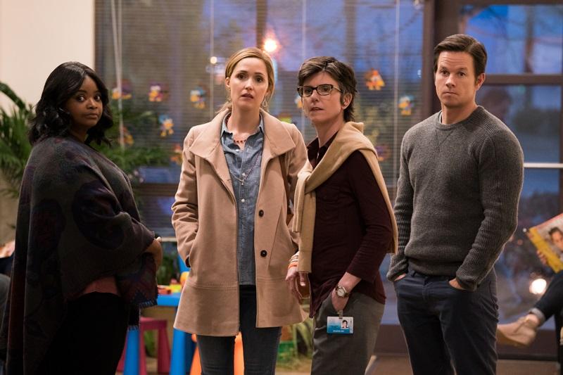"""""""Instant Family"""" đưa câu chuyện con nuôi trở thành đề tài nóng hổi trên màn ảnh rộng"""