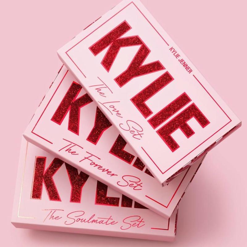 kylie-cosmetics-valentine-2019-3-1024x1024