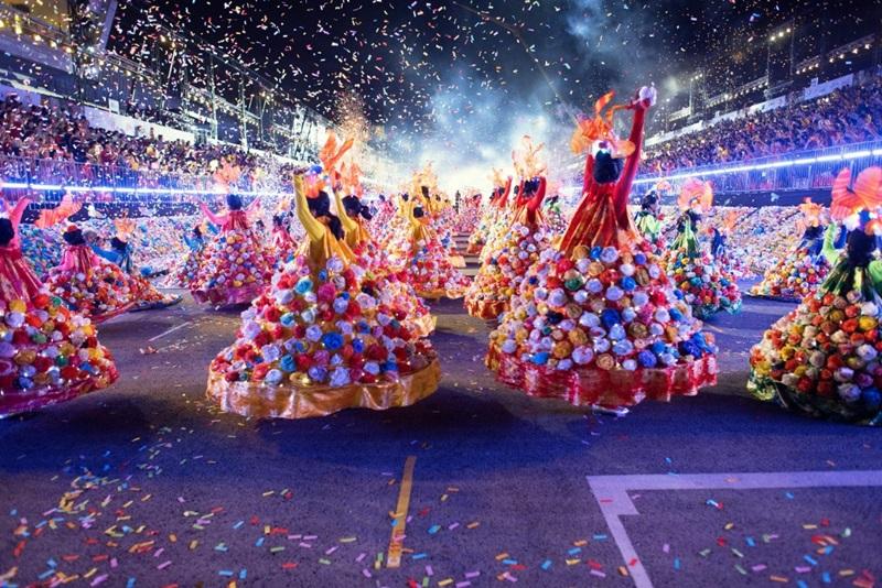 Đừng bỏ lỡ những trải nghiệm rực rỡ sắc màu văn hóa tại Chingay Parade.