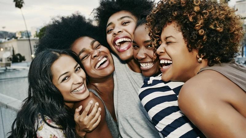 50 tuổi có xá gì, hãy tập trung tận hưởng một cuộc sống trọn vẹn và hạnh phúc