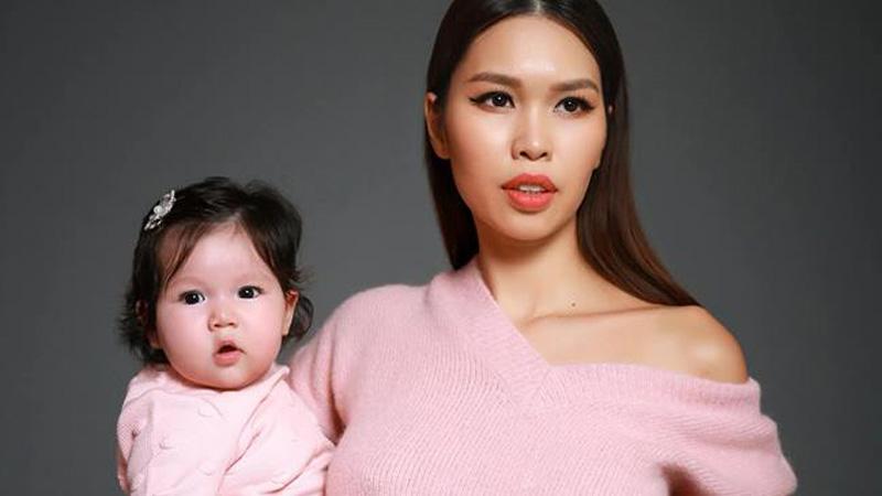 Siêu mẫu Hà Anh chia sẻ 10 vật dụng mẹ bỉm sửa cần phải có khi nuôi con nhỏ để luôn đẹp rạng ngời