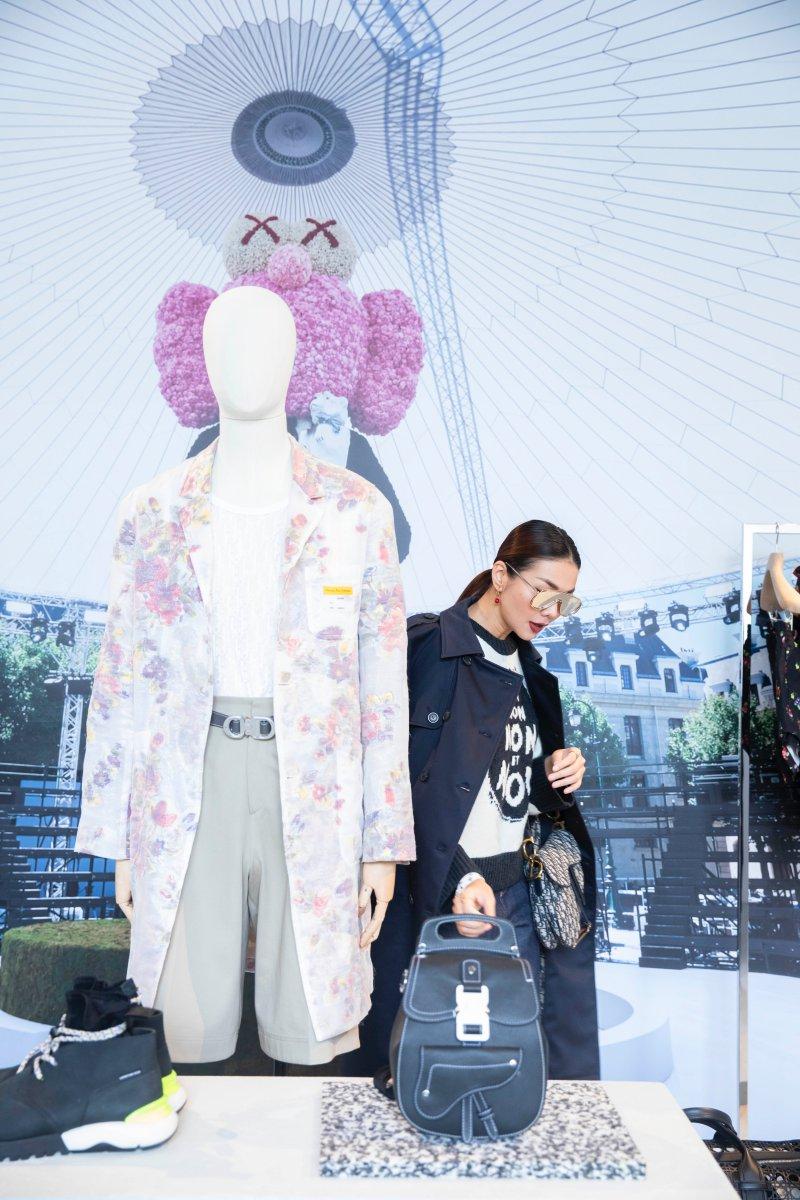 Những thiết kế từ BST Xuân Hè 2019 của Dior Men được thực hiện bởi Giám đốc Sáng tạo Kim Jones đã đón nhận nhiều lời khen ngợi và được rất nhiều tín đồ thời trang trông ngóng.