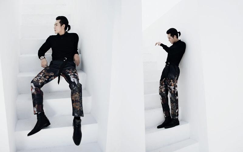 Xuyên suốt bộ anh, Võ Đăng Khoa hiện ra trước mắt khán giả trong những pose dáng chuyên nghiệp không kém gì những anh chàng người mẫu dày dặn kinh nghiệm.
