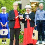 Ông Bon bà Pon – Cặp vợ chồng 39 năm mặc đồ đôi, mỗi ngày cùng nhau già đi trong vui vẻ